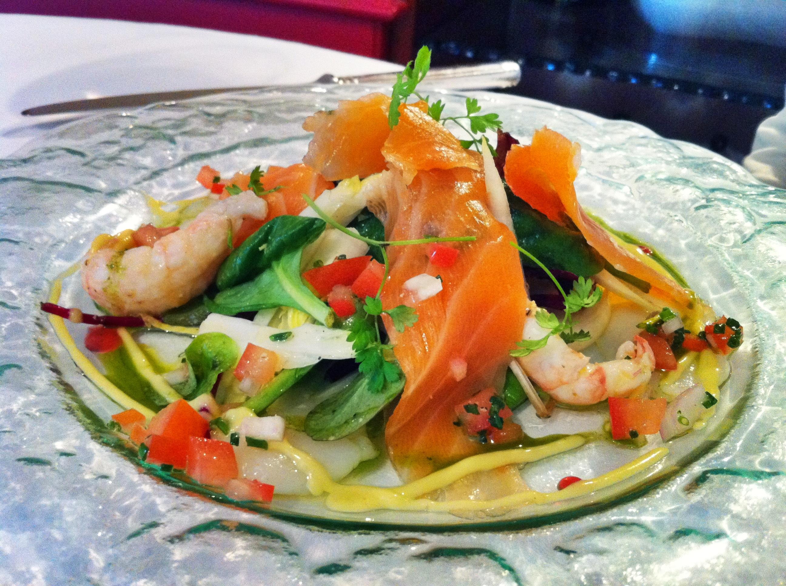 salade Fontaine aux Perles saumon langoustines Saint-Jacques
