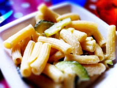 pâtes aux courgettes, sauce gorgonzola
