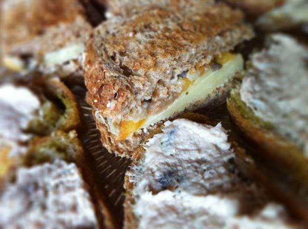 petits sandwichs apéritif