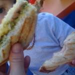 Croque jambon-fromage-pesto maison du samedi du retour du marché qui fête les beaux jours