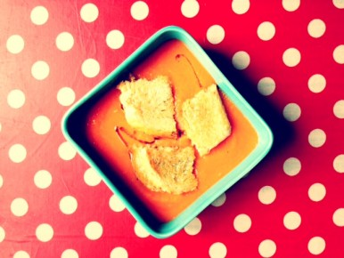 Soupe de tomates rôties, grilled cheese