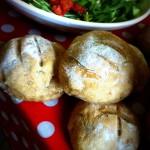 Petits pains de campagne farcis veau/porc/sauge