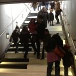 Le piano-escalier de la station Charles de Gaulle, une cacophonie qui ne casse pas trop les oreilles