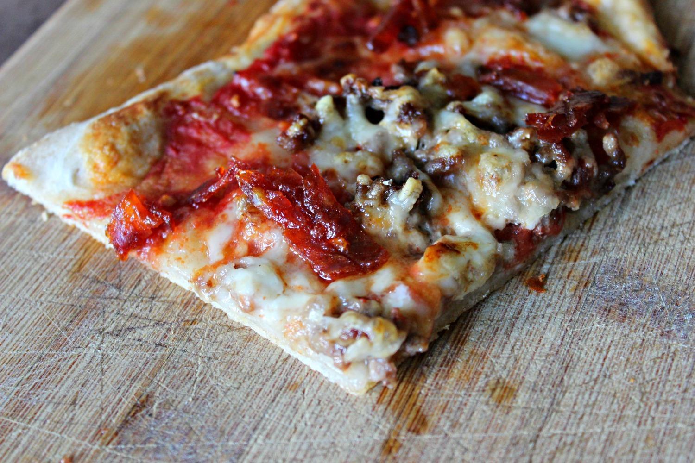 Pizza à la viande hachee, pâte au levain