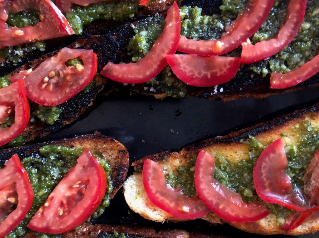 Tapas pesto et tomate