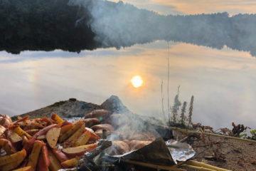Barbecue sur les bords d'un lac dans le Morbihan